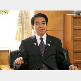 2012年から15年まで、3年近く君臨した下村博文文科相(当時)/(C)日刊ゲンダイ