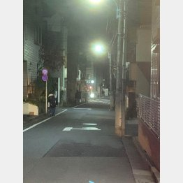 ルック商店街をJR高円寺駅方向へ進んだ先に(C)日刊ゲンダイ