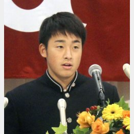 「最終的には東京ドームで投げる」と目標を語った堀田賢慎投手(C)共同通信社