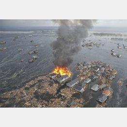 東日本大震災の津波で大きな被害を受けた宮城県名取市(C)共同通信社