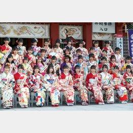 AKBグループの成人式(C)日刊ゲンダイ