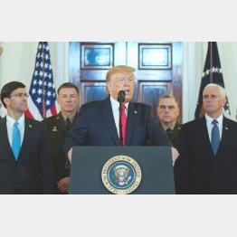 対イラン戦争回避の姿勢を示す会見をするトランプ米大統領(C)ロイター