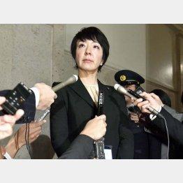 取材に応じる自民党の河井案里参院議員(C)共同通信社