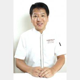 「ARMONICO」の佐々木泰広さん(C)日刊ゲンダイ