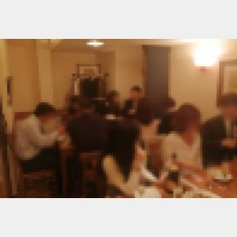 LOVERSパーティー(C)日刊ゲンダイ