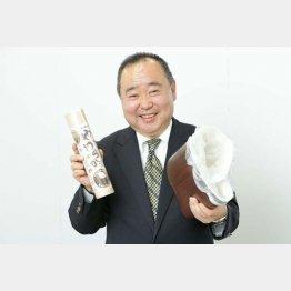 「やわらかゴミ入れ」を発明した横浜正毅さん(C)日刊ゲンダイ