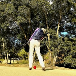 グリーンをボコボコにして知らんぷり低俗ゴルファー増殖中