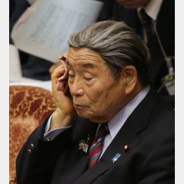 北村地方創生大臣(C)日刊ゲンダイ
