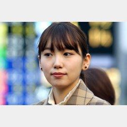新人家政婦を演じる飯豊まりえ(C)日刊ゲンダイ