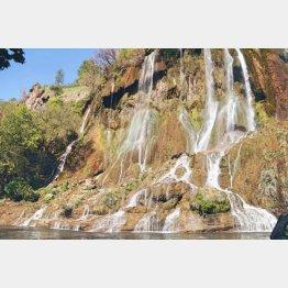 ビジュへ滝(提供写真)