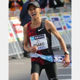 """東京マラソンでは7万人以上の""""観客""""が大迫の走りを体感した(C)日刊ゲンダイ"""
