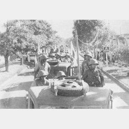 仏印進駐で河内(ハノイ)に向かう日向快速部隊(1941年ごろ)/(C)共同通信社
