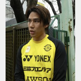 2018年シーズンから背番号10を背負うMF江坂(写真)元川悦子