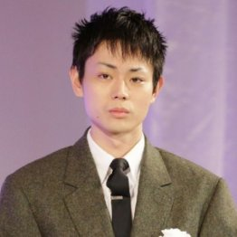 """菅田将暉に小松菜奈と熱愛報道…""""モテ男""""に数々の女性遍歴"""