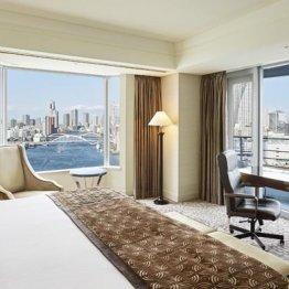 「インターコンチネンタル東京ベイ」の客室から望む景色
