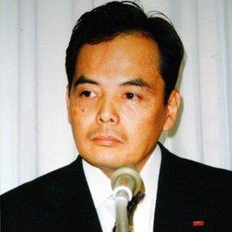 イオン<上>創業家の岡田氏は会長へ 23年ぶりの社長交代