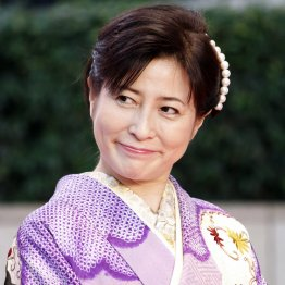 岡江久美子さん急逝 PCR検査受けられず自宅待機の高リスク