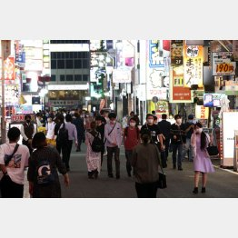 緊急事態宣言解除の前後から一転、以前のような増加傾向に(新宿歌舞伎町)/(C)日刊ゲンダイ