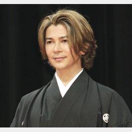 羨ましいプレーボーイ人生(C)日刊ゲンダイ