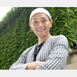 「純烈」リードボーカルの白川裕二郎さん(C)日刊ゲンダイ