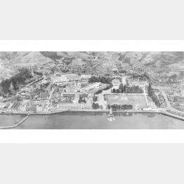 広島県・江田島にあった元海軍兵学校の全景(C)共同通信社