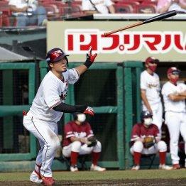 同点からの満塁打…楽天内田は山崎武司の軌跡をたどれるか