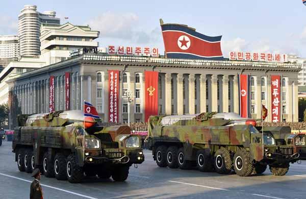 敵基地攻撃論は平和ボケ論(北朝鮮の新型中距離弾道ミサイル「ムスダン」)/(C)共同通信社