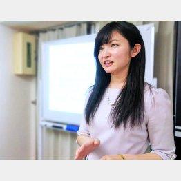小川ひとみさん(C)日刊ゲンダイ