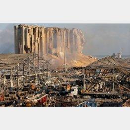 レバノンの爆発で死者は100人超に(C)ロイター