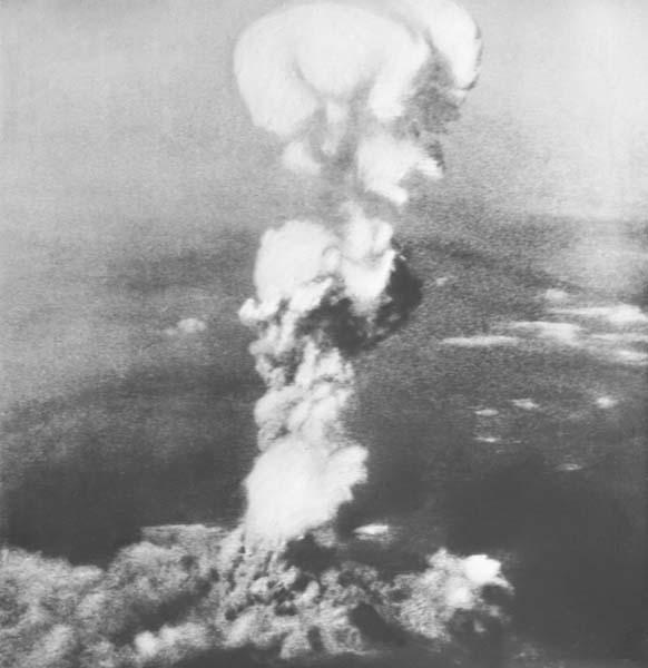 2度の原爆投下、ソ連の中立条約破棄 日本は孤立状態だった 日刊 ...