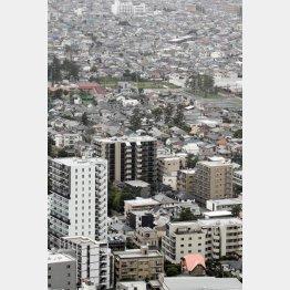 首都圏の発売戸数はプラスに(C)日刊ゲンダイ