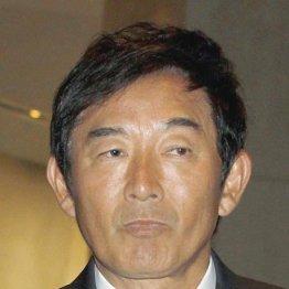 石田純一が悪あがき 妻&スポンサーから最後通告で噛みつく