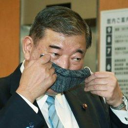 菅陣営は裏で岸田氏に票を回すのか…総裁選2位争いの熾烈