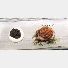 湯葉(左)はまるでムース。カツオのたたきはカシューナッツソースで(C)日刊ゲンダイ