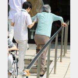 コロナ禍で介護サービスが一変する可能性も(C)日刊ゲンダイ