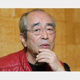 9月23日、25話ぶりに「エール」に出演した志村けんさん(C)日刊ゲンダイ