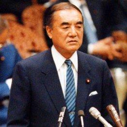 菅首相は戦前の軍国主義やナチに近い社会をつくりたいのか