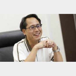 作家の志駕晃さん(C)日刊ゲンダイ