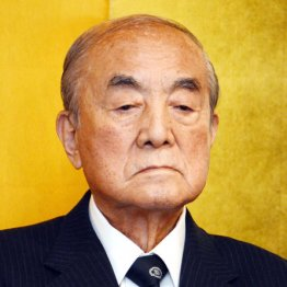 中曽根元首相の合同葬「なぜ神嘗祭に」神社関係者から異論