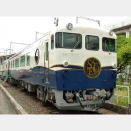 観光列車「etSETOra(エトセトラ)」/(C)日刊ゲンダイ