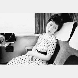 新幹線の中の様子。1971年撮影(「センチメンタルな旅」から)/(提供写真)