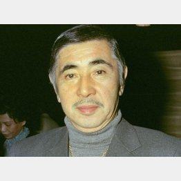 映画化のアイデアを持っていた俳優の若山富三郎氏(C)共同通信社
