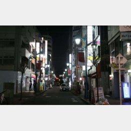 急事態宣言で人通りがなくなった新宿2丁目(2020年4月撮影)/(C)日刊ゲンダイ