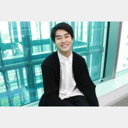 俳優の前田旺志郎さん(C)「猫」製作委員会