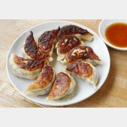 名店直伝の焼き餃子は3つのポイントがおいしさの決め手(C)日刊ゲンダイ