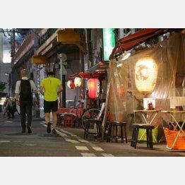 動かない菅政権、夏のコロナ第2波でただでさえ飲食店は苦しんでいるのに…(C)日刊ゲンダイ