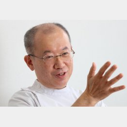 榊原病院外科部長・医局長の八巻秀人氏(C)日刊ゲンダイ