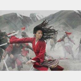 ディズニー映画「ムーラン」の中国版(主演女優のリウ・イーフェイ)/(C)ロイター