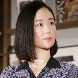 """次は黒木華?ムロツヨシと熱愛噂→電撃婚""""ジンクス""""の存在"""