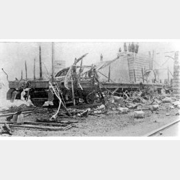 奉天に向かう専用列車が爆破され、張作霖(当時53歳)が爆死した(昭和3年6月4日)/(C)共同通信社